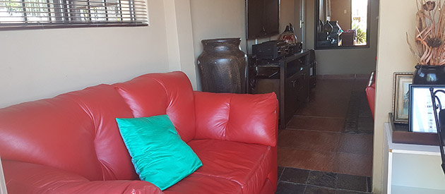STIMELA GUESTHOUSE - Mafikeng accommodation - North West